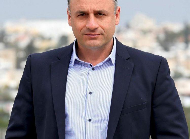 """Κωνσταντίνος Οδυσσέως: """"Άκρα του τάφου σιωπή στο Παραλίμνι"""""""