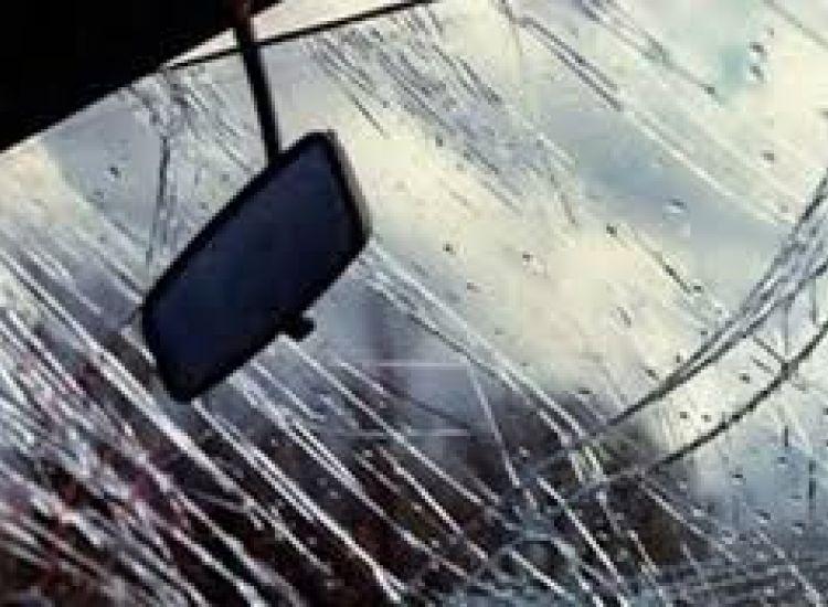 Λιοπέτρι: Ανατράπηκε όχημα στον αυτοκινητόδρομο