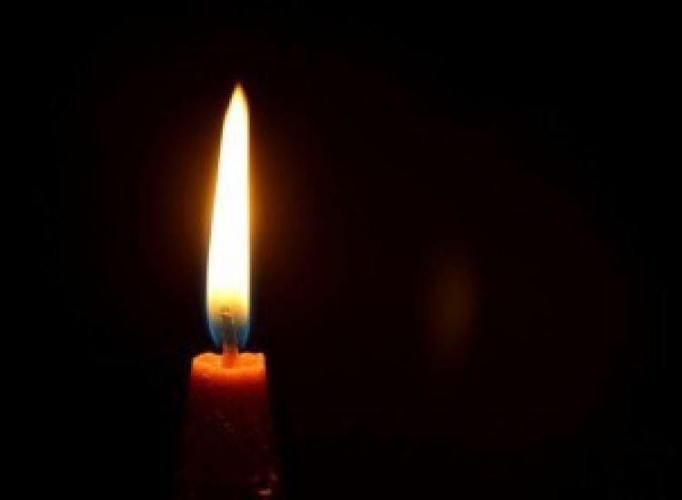 Παραλίμνι: Πλήθος κόσμου στην κηδεία της μητέρας του Γιώργου Κούμα