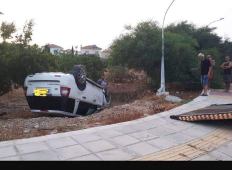 Τροχαίο ατύχημα στη Σωτήρα (photo)