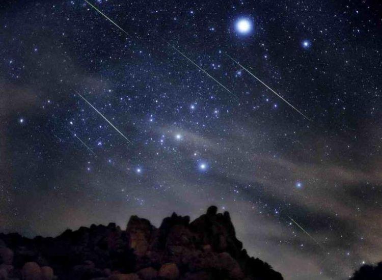 Κορυφώνεται Σάββατο και Κυριακή βράδυ το φαινόμενο των Περσείδων