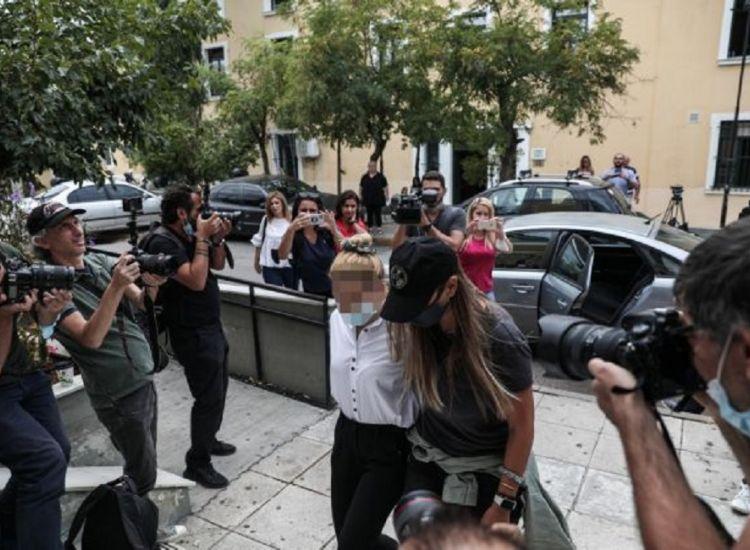 Ελλάδα / Υπόθεση κοκκαΐνης: Προφυλακίστηκαν η πρώην παίκτρια ριάλιτι και ο σύντροφός της