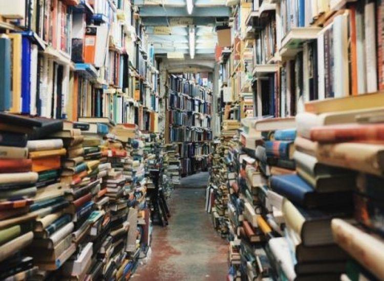 Βιβλιοπωλείο κοινοποίησε ότι για πρώτη φορά σε 100 χρόνια δεν πούλησε ούτε ένα βιβλίο και τρελάθηκε στις παραγγελίες