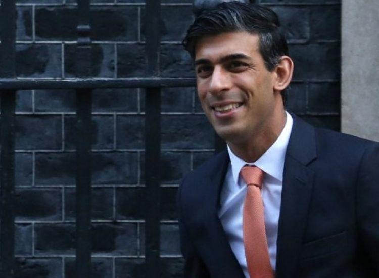 Βρετανός ΥΠΟΙΚ: Αντιμέτωπη με σοβαρή ύφεση η χώρα, με επιπτώσεις στην ανεργία