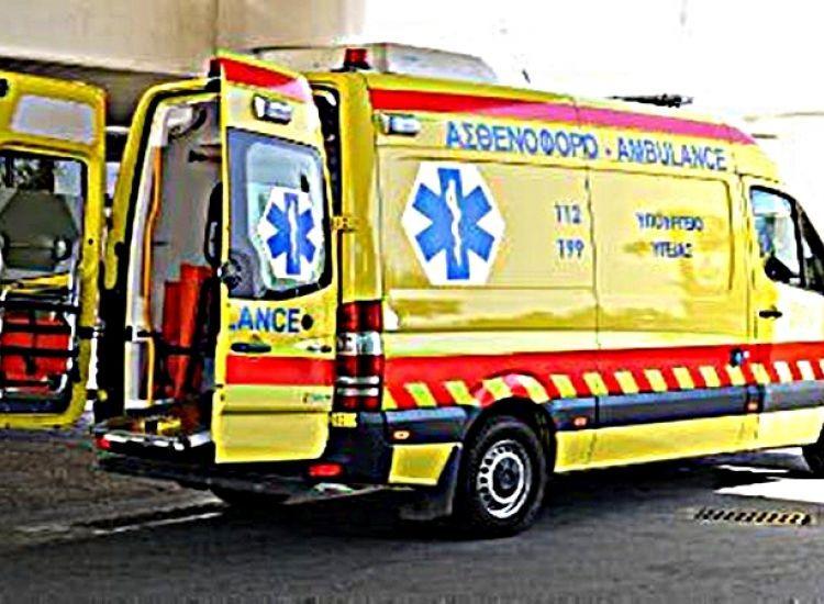 Σοβαρό τροχαίο ατυχημα στο Δασάκι - Εγκλωβίστηκαν οι οδηγοί