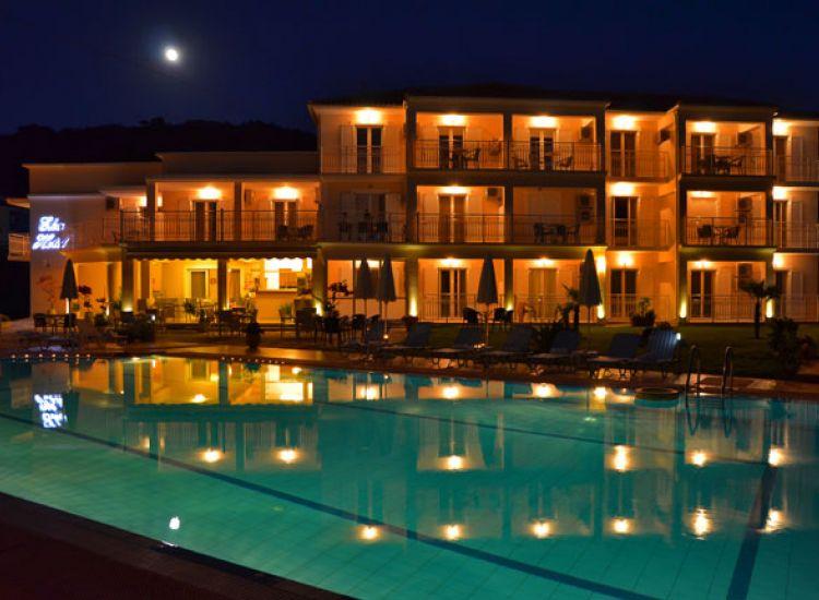 Παραλίμνι: Δεκατέσσερα ξενοδοχεία ακύρωσαν τα αποχετευτικά τέλη