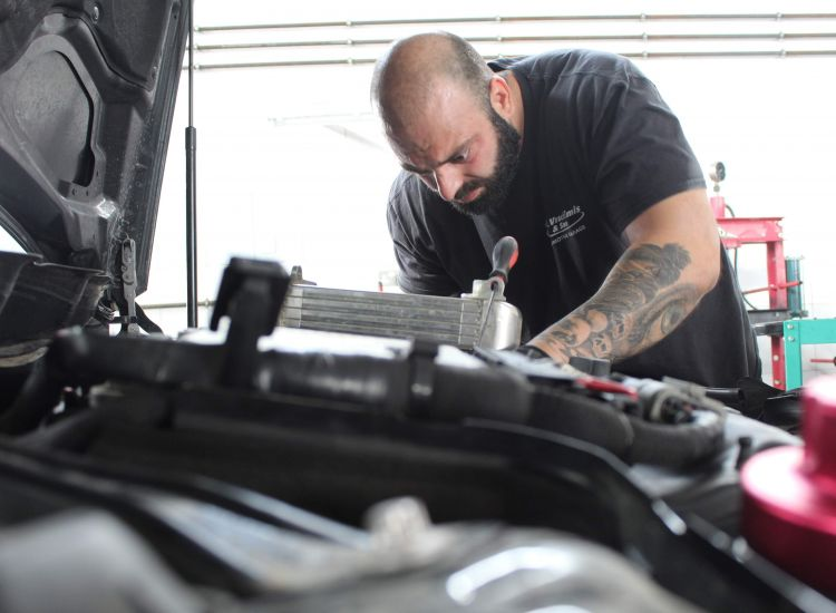 Michalis Vrachimis & Son: Αυτά πρέπει να γνωρίζετε για το σέρβις του αυτοκινήτου