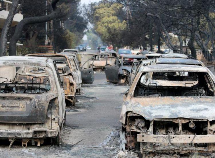 Έτσι μαύρισε η Ελλάδα: Το χρονικό της εθνικής τραγωδίας
