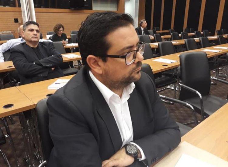Δημ.Συμβουλος Αμμ/στου: Πολιτική αλητεία
