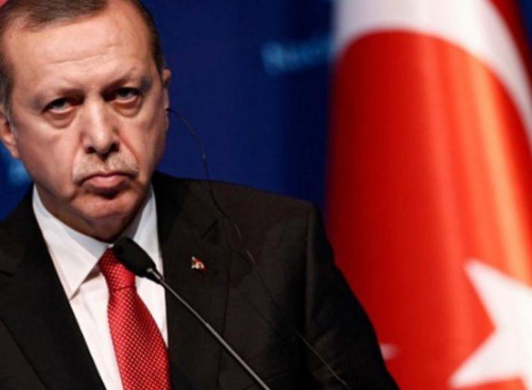 Τιμωρία σε παππού να διαβάσει 24 βιβλία για τον Ερντογάν! (Φωτο)