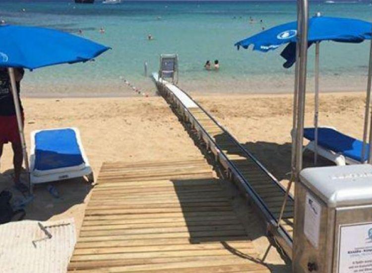 Πρωταράς - Αγία Νάπα: Οι παραλίες που προσφέρουν πρόσβαση σε ΑμεΑ