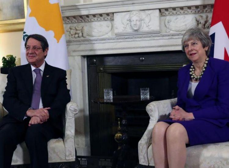 """Εντατικές προετοιμασίες στην Κύπρο για το ενδεχόμενο """"άτακτου"""" Brexit (ΒΙΝΤΕΟ)"""