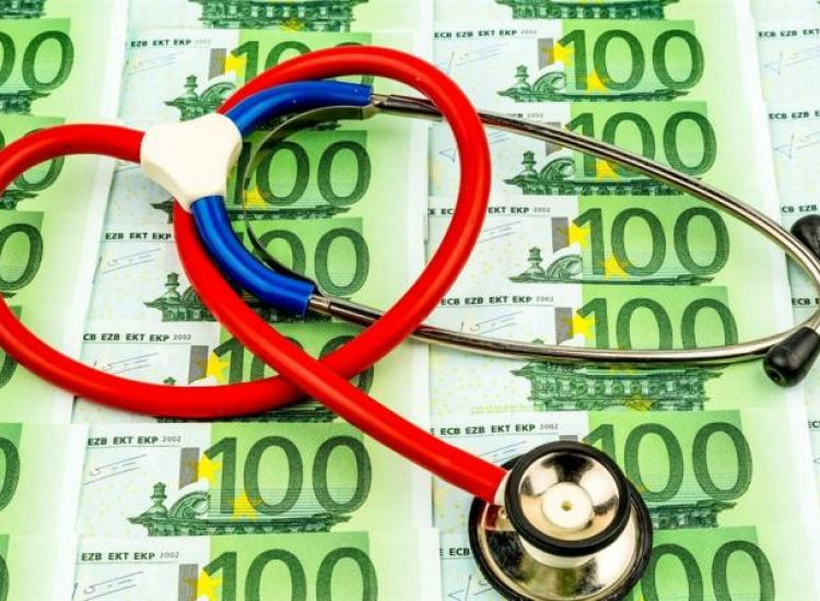 Φύλλο και φτερό οι φορολογικές δηλώσεις των γιατρών