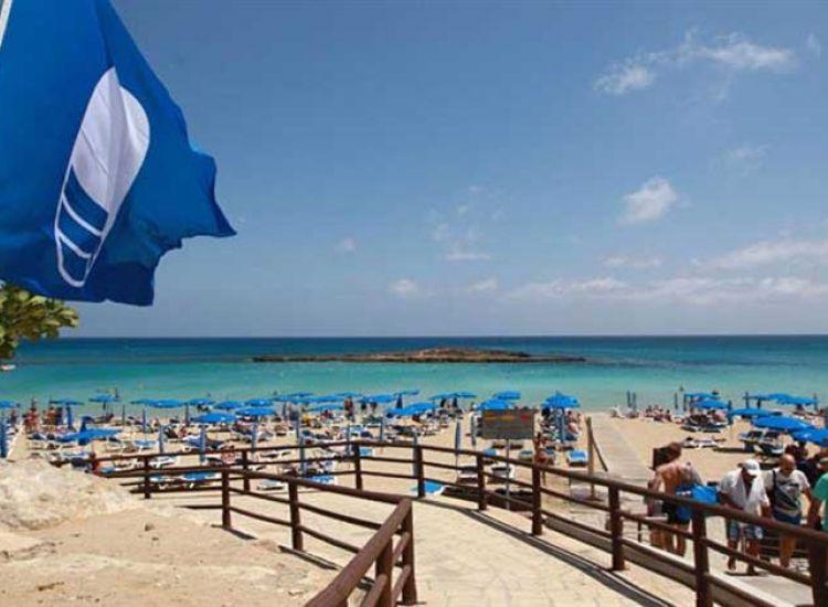Στην επ. Αμμοχώστου οι 27 από τις 69 παραλίες με γαλάζια σημαία