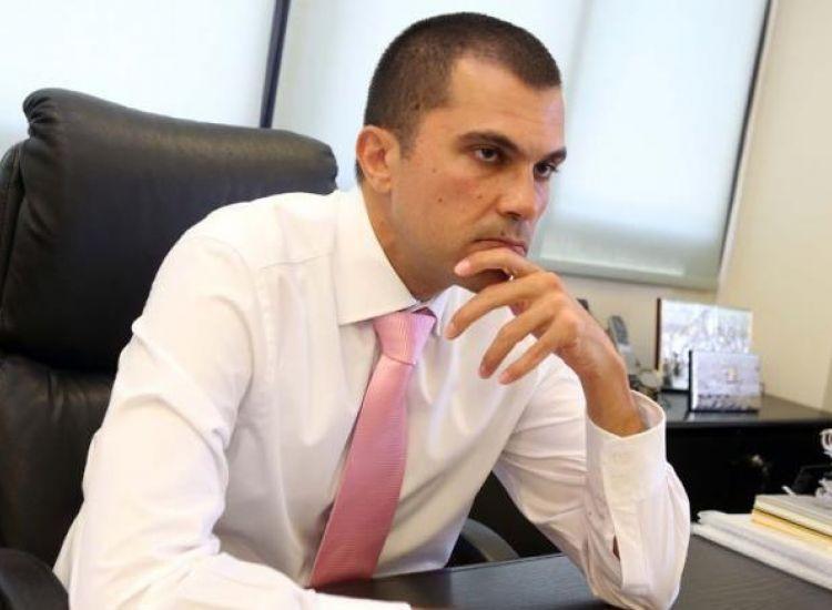 """Τουρισμός: """"Βάρος στις δρομολογημένες πτήσεις για το χειμώνα"""" λέει ο κ. Περδίος"""