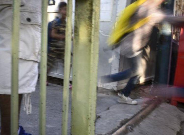 Σοκ στην Ελλάδα… Γονείς εξέδιδαν τα δίδυμα παιδιά τους σε ζευγάρι