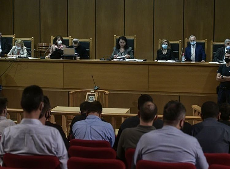 Δίκη Χρυσής Αυγής: Αναστολή για όλους πλην του Ρουπακιά πρότεινε η εισαγγελέας