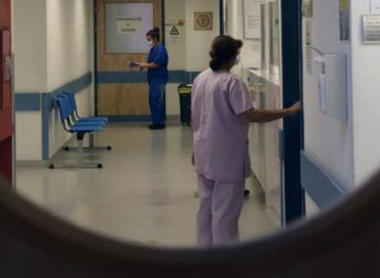 """Γ.Ν Αμμοχώστου: """"Δυσκολα περιστατικά με βαριά συμπτώματα οι ασθενείς με κορωνοϊό"""""""