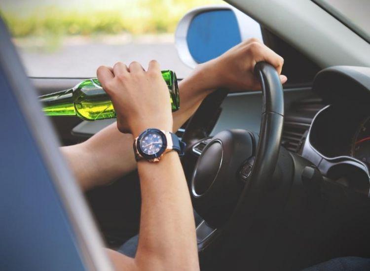 Δεκάδες καταγγελίες σε δύο εβδομάδες για οδήγηση υπό την επήρεια αλκοόλ