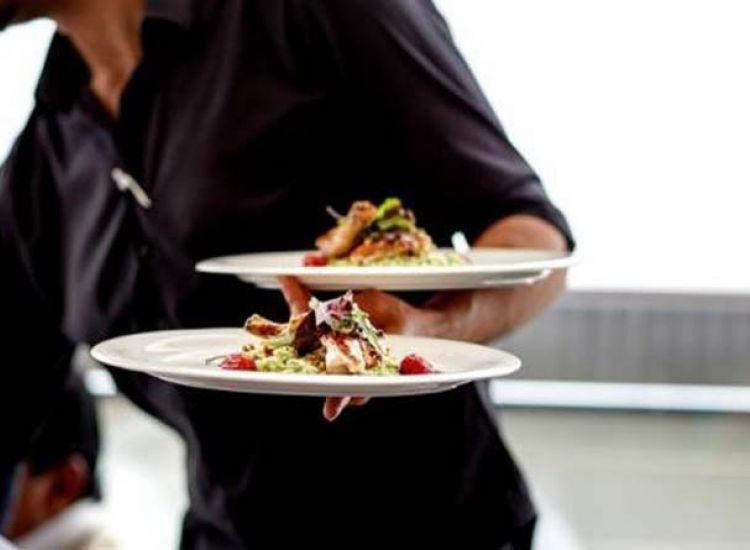 Κάππαρης: Το εστιατόριο που εχει γίνει... λατρεία!