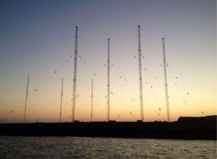 Κατεδαφίζονται 7 κεραίες 132,5 μέτρων στο Κάβο Γκρέκο