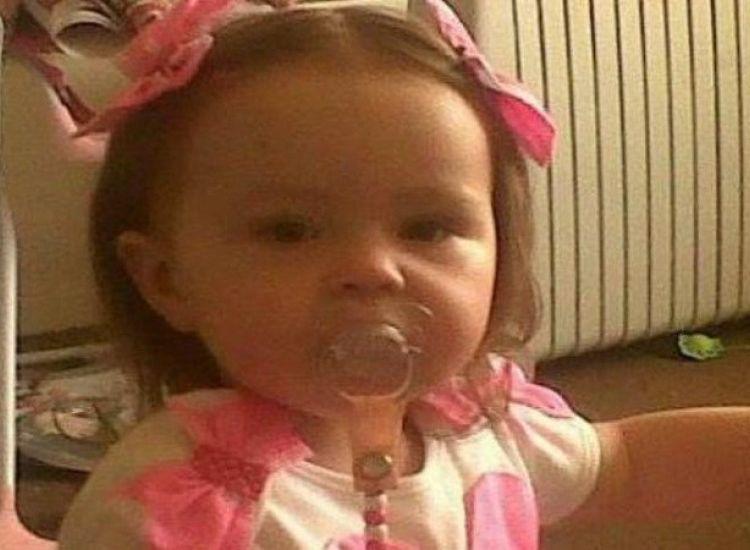 Εγκατέλειψαν 2χρονη σε διαμέρισμα να πεθάνει από ασιτία