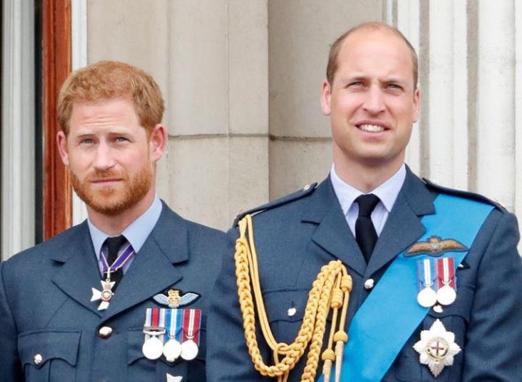 Οι φωτογραφίες που καίνε τον William! Μεθυσμένος αγκαλιά με ξανθιά καλλονή!
