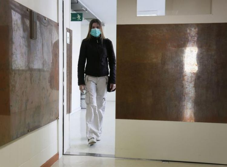 Βακτήριο που προκαλεί διάρροια, εξαπλώνεται στα νοσοκομεία ανά το παγκόσμιο