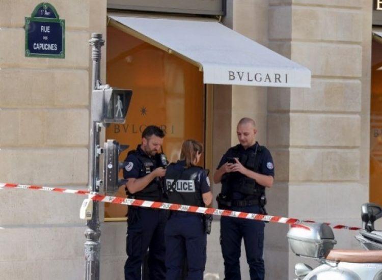 Παρίσι: Ληστεία α λα Casa de Papel σε φημισμένο κοσμηματοπωλείο (PIC/VID)