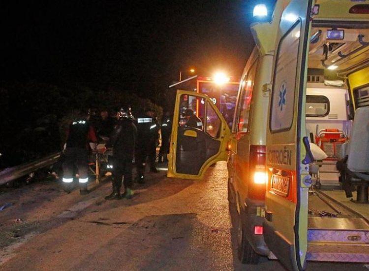Τραγωδία στην Ελλάδα: Θανατηφόρο τροχαίο με δέκα νεκρούς