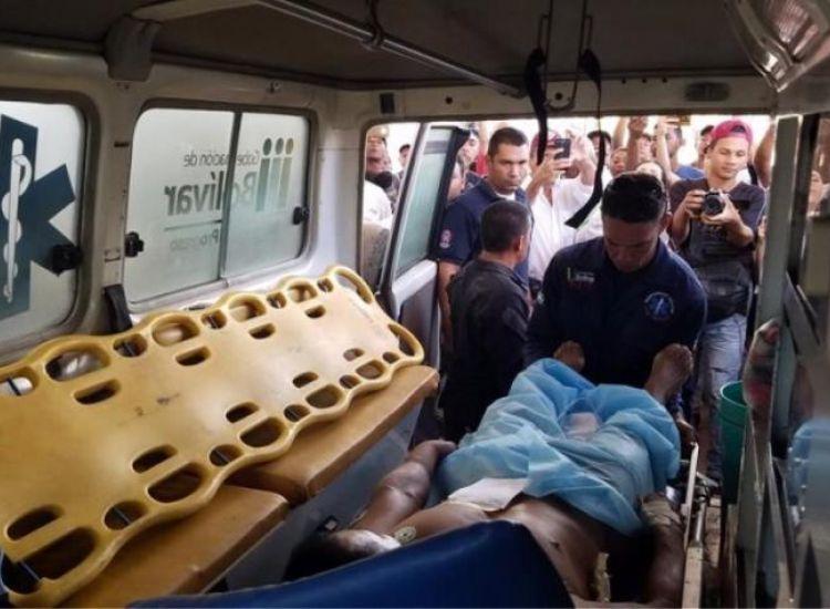 Κρίσιμες ώρες στα σύνορα Βενεζουέλας και Βραζιλίας-Δύο νεκροί και δεκάδες τραυματίες