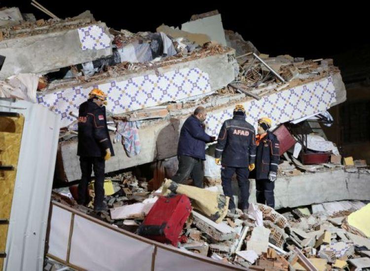 Κρανίου τόπος οι σεισμόπληκτες επαρχίες της Τουρκίας-Πάνω από 20 τα θύματα
