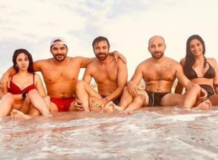 Ανδρέας Γεωργίου: Διακοπές με τα αδέρφια του στην Κέρκυρα! (ΦΩΤΟ)