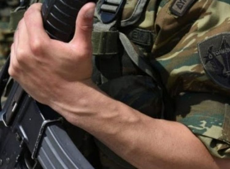 Δύο στρατιώτες ελέγχονται ως νέα ύποπτα κρούσματα