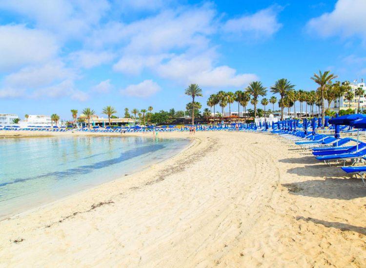 """Επ. Αμμοχώστου: Στο """"περίμενε"""" οι τουριστικές επιχειρήσεις"""
