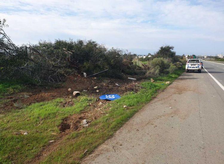 Τροχαίο Αγίας Θέκλας - Λιοπετρίου: Εκτινάχθηκαν οι δύο νεαροί