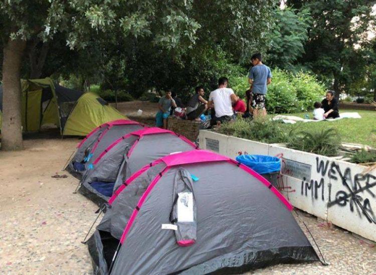 Aυξάνονται οι πρόσφυγες χωρίς στέγη στην Κύπρο