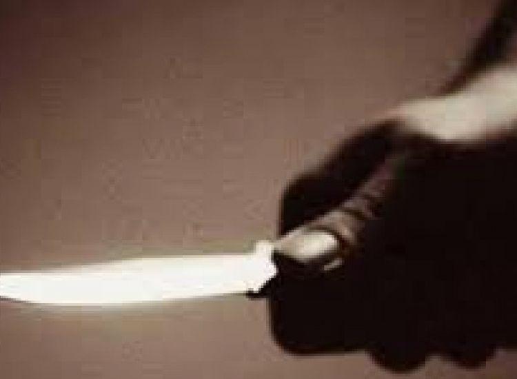 Δερύνεια:Τσακώθηκαν και ο ένας ανέσυρε μαχαίρι-Μεταφέρθηκαν στο νοσοκομείο
