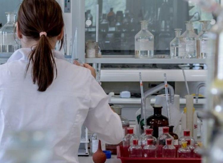 Daily Mail:Έρευνα υποστηρίζει ότι Κινέζοι επιστήμονες δημιούργησαν την COVID19