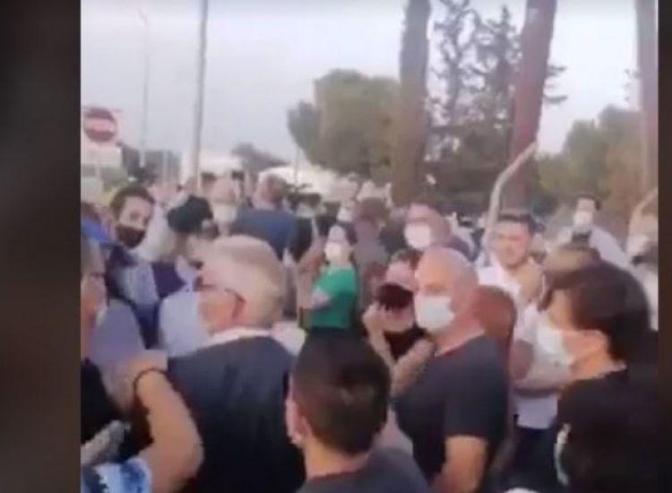Δερύνεια: Ένταση μεταξύ Άντρου Κυπριανού και πολίτη