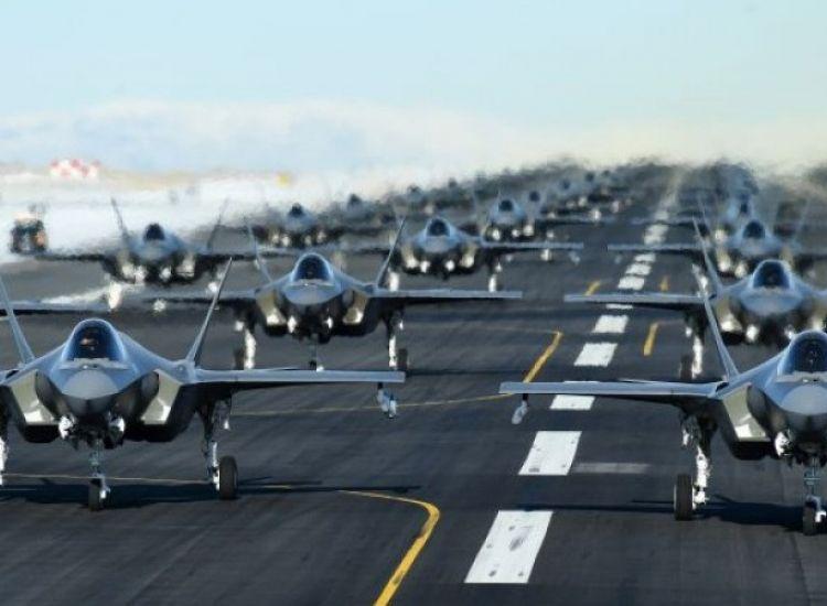 """Οι ΗΠΑ """"αφήνουν"""" τα F35 για να επενδύσουν στο τείχος με το Μεξικό"""