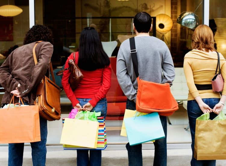 Δερύνεια: ΜΟΝΑΔΙΚΕΣ προσφορές από γνωστό κατάστημα!
