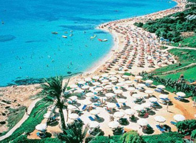 Τουρισμός: Ξοδεύονται πολύ περισσότερα σε Ισπανία και Μάλτα