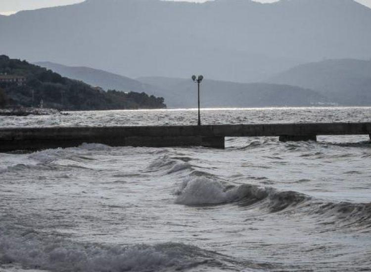 Ελλάδα: «Προειδοποίηση για τσουνάμι, απομακρυνθείτε από ακτές»